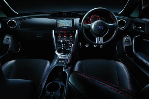 Subaru BRZ салон